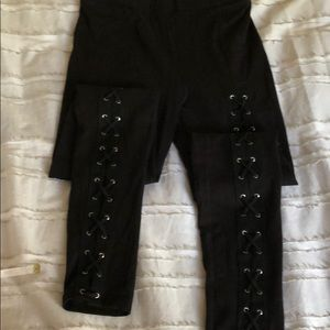 Sexy cross leggings NEW nice lace up details